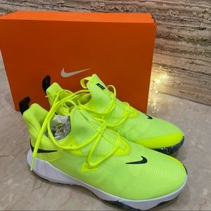 NIKE Zoom Shift 2 - Sports Shoes Fluorescent yellow UK 9 EUR 44
